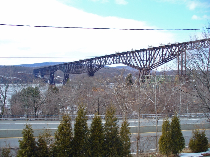 Poughkeepsie_Bridge_by_David_Shankbone
